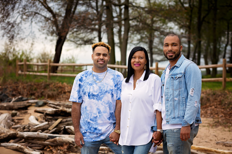Mother and Sons portrait in Woodbridge Virginia