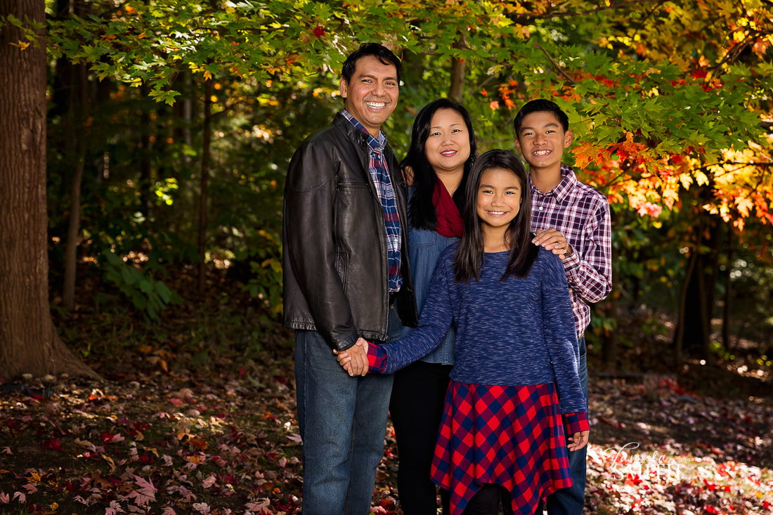 10 Reasons to have a fall family portrait in Northern Virginia, Northern Virginia family photographer, NOVA family Photographer, professional photographers in Northern Virginia, Woodbridge Family Photographer, Prince William County Family Photographer, Northern Virginia photographer, family photographer arlington va, photography studios in northern va
