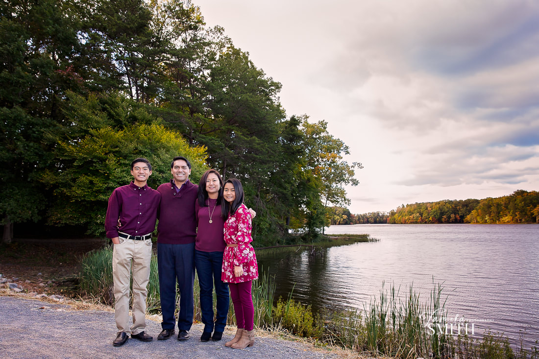 Family of four portrait in Burke Virginia